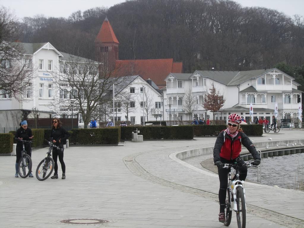 Zum Bericht über die Radtouren...